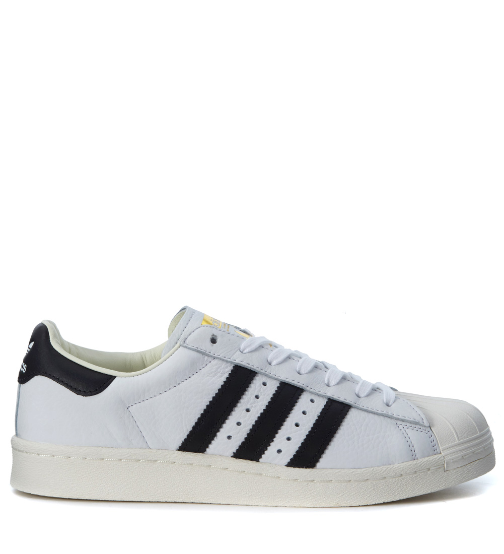 uk availability 11aa2 4fffa Sneaker Adidas Superstar Boost in pelle bianca e nera