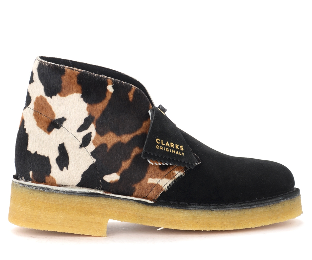 Polacco Desert Boot Cow Print effetto cavallino - CLARKS ORIGINALS - Modalova