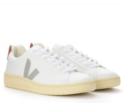 Laterale Sneaker Veja Urca in pelle bianca con logo grigio