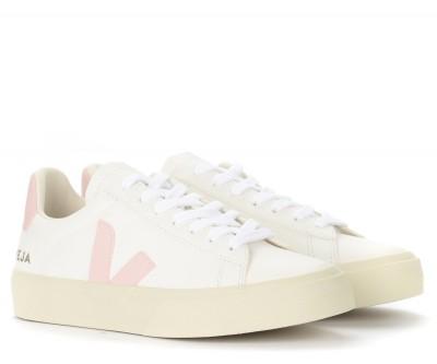 Laterale Sneaker Veja Campo Chromefree in pelle bianca e rosa