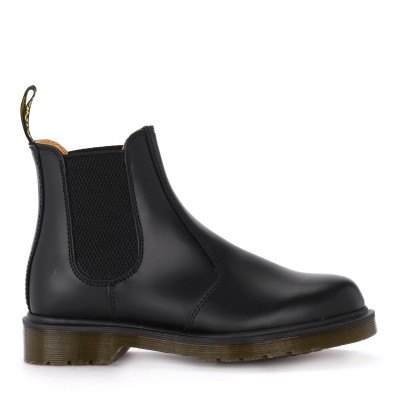 Anfibio Dr. Martens 2976 in pelle nera