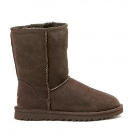 UGG CLASSIC SHORT CHOCOLATE ANKLE BOOTS