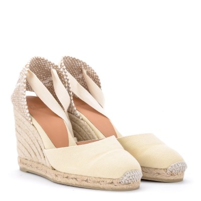 Laterale Castañer Carina ivory canvas and fabric wedge sandal