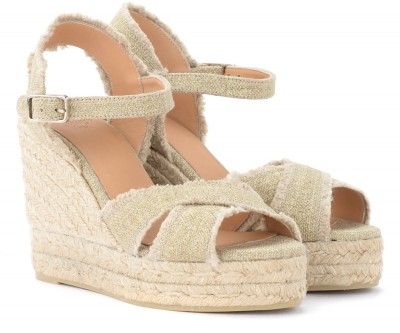 Laterale Castañer Bromelia wedge sandal in gold canvas