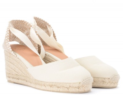 Laterale Castañer Carina wedge sandal in ivory canvas