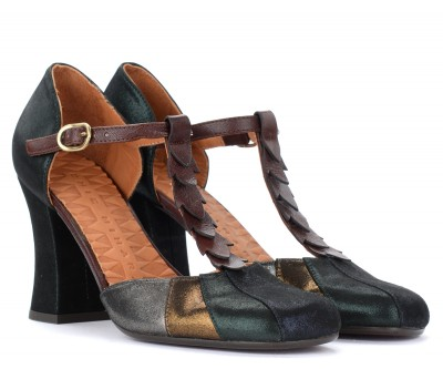 Laterale Chie Mihara Fabad heeled sandal in green laminated leather