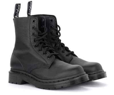 Laterale Dr. Martens Pascal Mono black tumbled leather ankle boots