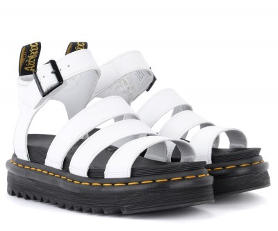 Laterale Dr. Martens Blaire sandal in white leather