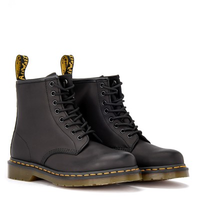 Laterale Dr. Martens Amphibious 8-hole boot in greased black leather