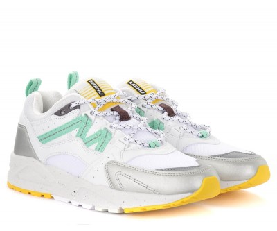 Laterale Karhu Fusion 2.0 sneakers in white and silver leather and fabric