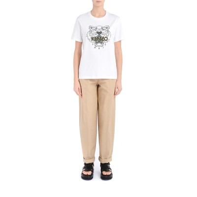 Laterale T-shirt over Kenzo Loose Tiger bianca