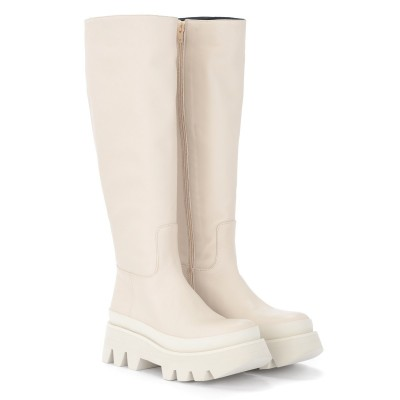 Laterale Paloma Barcelò Ida boot in ivory leather