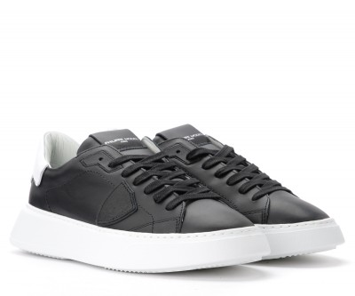 Laterale Philippe Model Temple sneaker in black leather