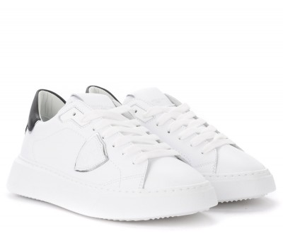 Laterale Philippe Model Temple white leather sneakers with black and silver spoiler