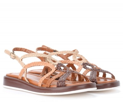 Laterale Pons Quintana Anais model sandal in woven brown and tan leather