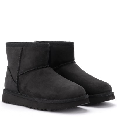 Laterale Ugg Classic II Mini ankle boot in black leather