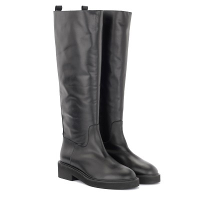 Laterale Via Roma 15 boot in black leather
