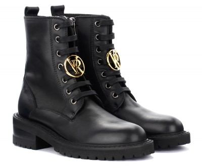 Laterale Via Roma 15 boots in black leather with logo pendant