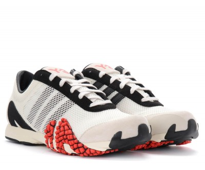 Laterale Y-3 Rehito sneakers in black and white technical fabric