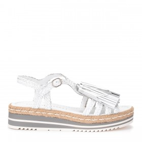 Pons Quintana sandal in white leather with tassels