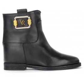 Via Roma 15 ankle boot in black leather with logo plaque