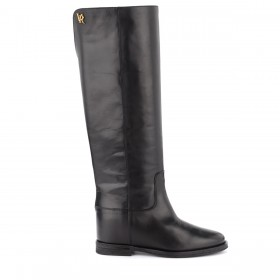 Via Roma 15 boot in black leather with golden metal logo