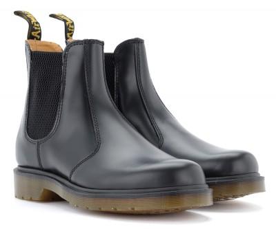 Laterale Dr. Martens Damen Chelsea Boots 2976 in schwarzem Leder