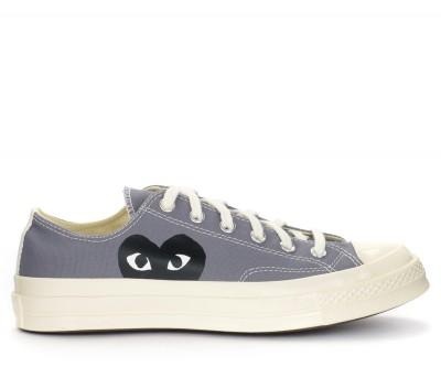 Sneaker Comme des Garçons Play x Converse grigia con cuore nero
