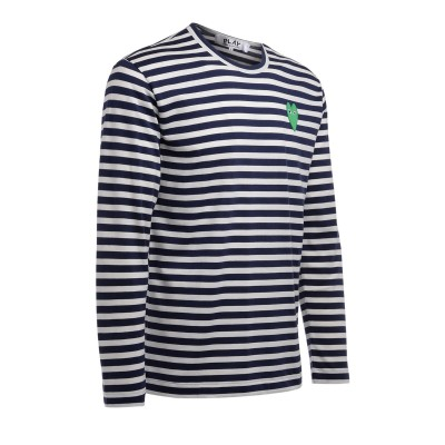 Laterale T-Shirt Comme Des Garçons PLAY manica lunga a righe bianche e blu con cuore verde