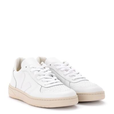 Laterale Baskets Veja V-10 en cuir blanc pour femmes avec logo