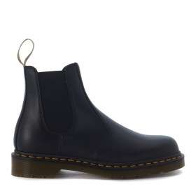 Beatles Dr. Martens Vegan in pelle vegana nera