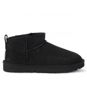Bottines UGG Classic Ultra Mini en daim noir
