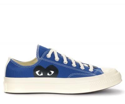 Sneaker Comme des Garçons Play x Converse in canvas blu con cuore nero