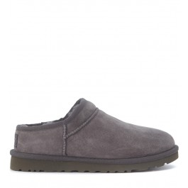 Slip-On UGG Classic Slipper en gamuza gris