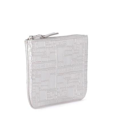 Laterale Bolso clutch Comme des Garçons Wallet de piel plata estampada