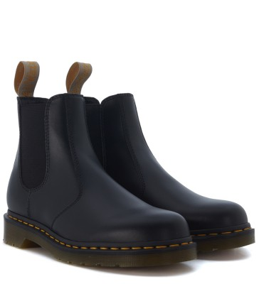 Laterale Beatles Dr. Martens Vegan in pelle vegana nera
