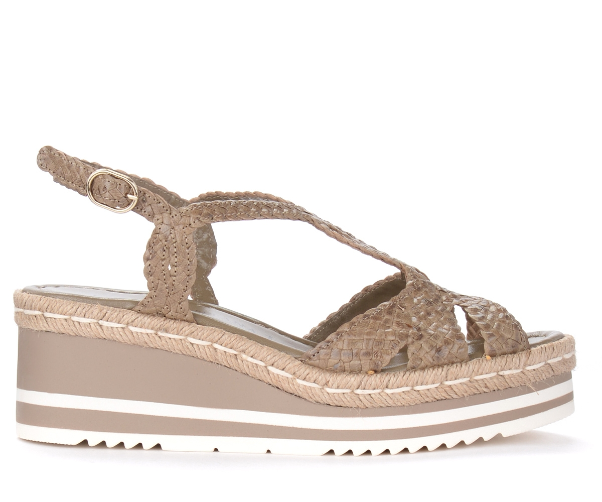 Sandalo con zeppa in pelle intrecciata color tortora - Pons Quintana - Modalova